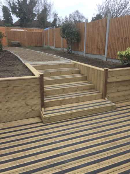 Non Slip Decking and Step Strips