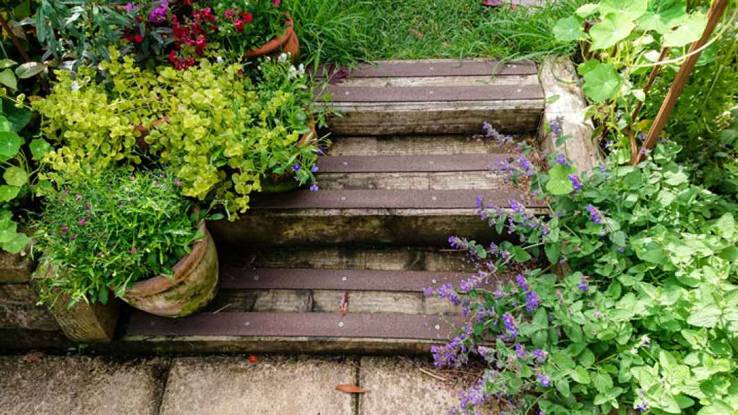 Ian A - Non Slip Decking Strips Brown on Wooden Steps