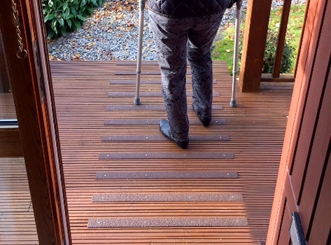 Non Slip Strips Ideal For Slippery Decking And Steps.
